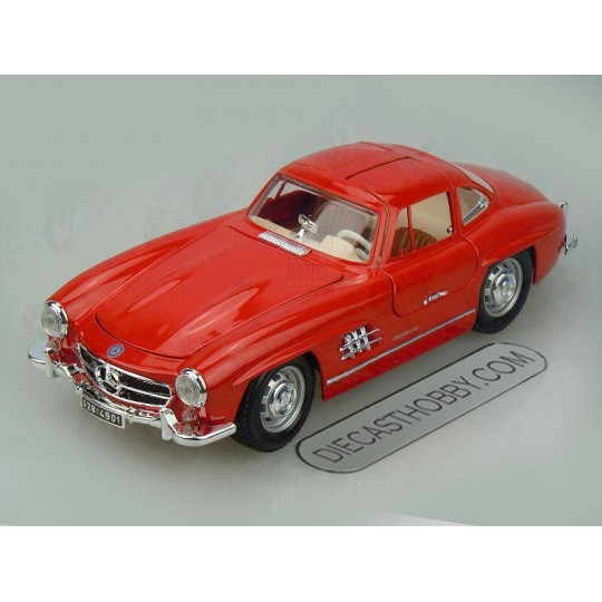 1954 Mercedes-Benz 300 SL by Bburago 1:18 (Red)