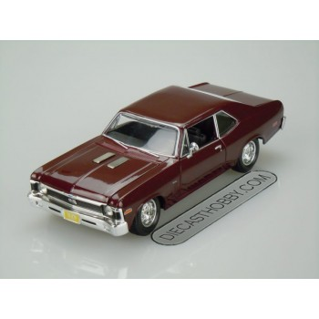 1970 Chevrolet Nova SS Coupe (Special Edition) by Maisto 1:24 (Burgundy)