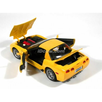 2001 Chevrolet Corvette Z06 (Special Edition) by Maisto 1:18 (Yellow)