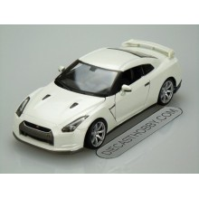 2009 Nissan GT-R (Special Edition) by Maisto 1:24 (White Pearl)