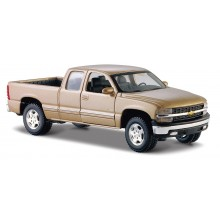 2010 Chevrolet Silverado (Special Edition) by Maisto 1:27 (Gold)