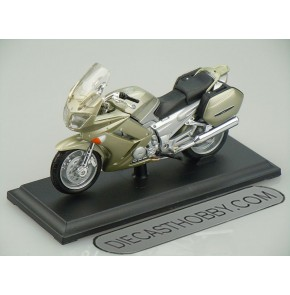 2006 Yamaha FJR 1300 (Special Edition) by Maisto 1:18 (Light Gold)