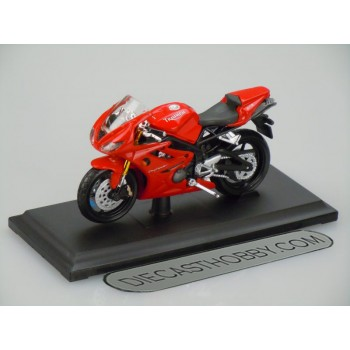 Triumph Daytona 675 (Special Edition) by Maisto 1:18 (Red)