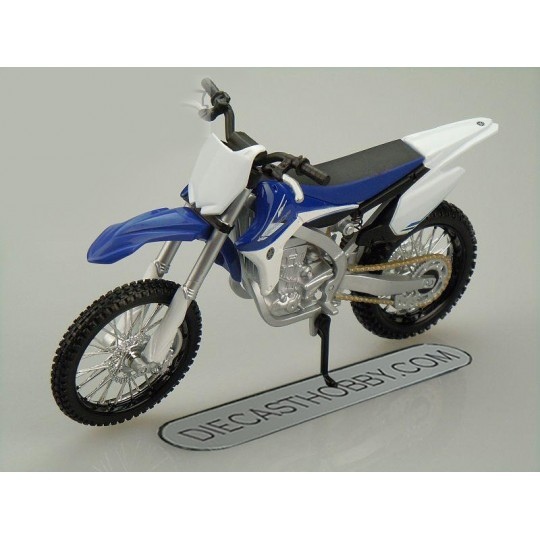 Yamaha YZ450F (Special Edition) by Maisto 1:12 (White & Blue)