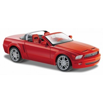Ford Mustang GT Concept Convertible (Special Edition) by Maisto 1:24 (Red)