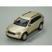 Jeep Grand Cherokee Laredo (Special Edition) by Maisto 1:24 (Golden)