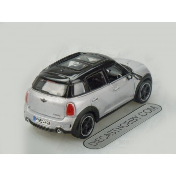 MINI Countryman (Special Edition) by Maisto 1:24 (Silver)