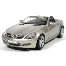 Mercedes Benz SLK (Special Edition) by Maisto 1:18 (Silver)