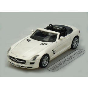 Mercedes-Benz SLS AMG Roadster (Special Edition) by Maisto 1:24 (Careem)