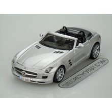 Mercedes-Benz SLS AMG Roadster (Special Edition) by Maisto 1:24 (Silver)