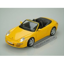 Porsche 911 Carrera S Cabriolet (Special Edition) by Maisto 1:18 (Yellow)