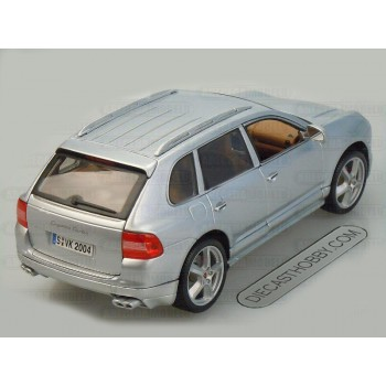 Porsche Cayenne Turbo Exclusive (Special Edition) by Maisto 1:18 (Silver)